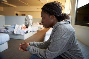 Financer des nuits d'hôtel en URGENCE pour des femmes victimes de violences conjugales